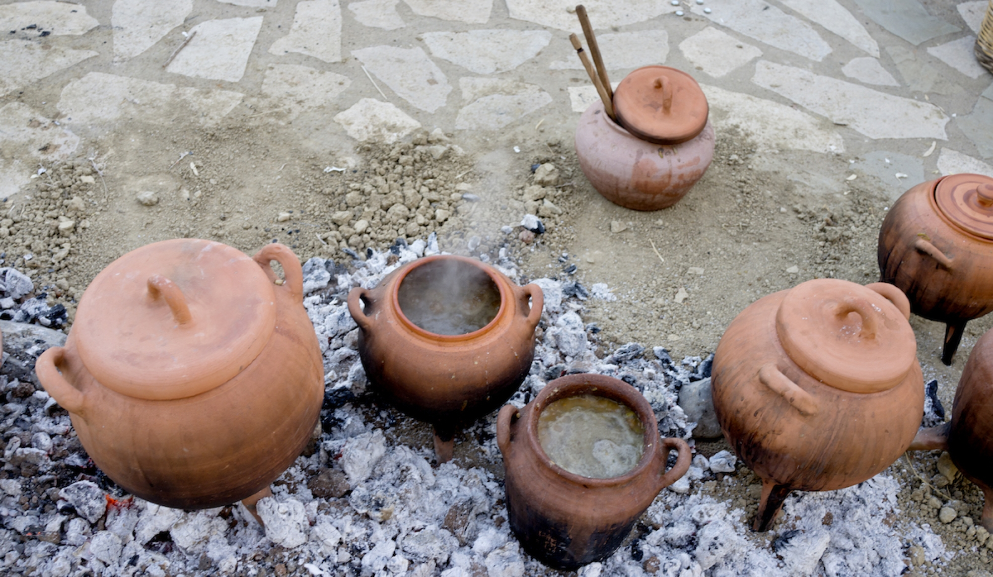 Discovering the Minoan Kitchen